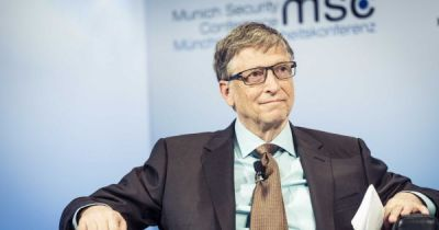 Bill Gates Warns Sillicon Valley of Technology's Dangerous Potential