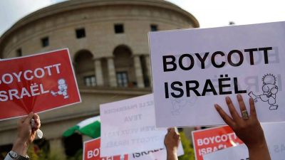 Criminalizing Critics of Israel: Congress Considers Sweeping Bills to Fine & Jail Backers of BDS